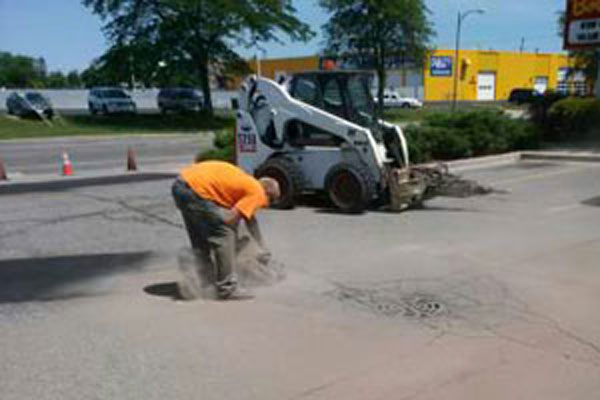 Asphalt Crack Repair MI